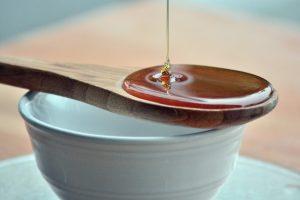 عسل طبیعی را بشناسیم از عسل تقلبی