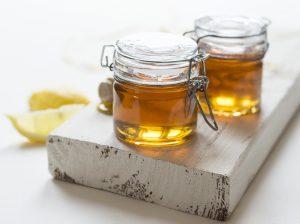 عسل درمانی با طب گیاهی وسنتی